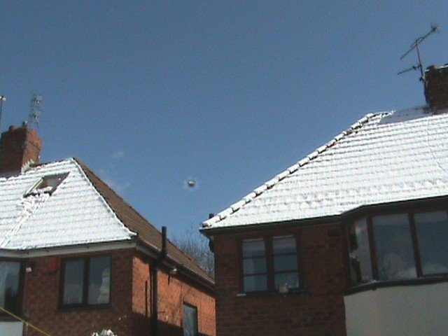 Latest UFO Sightings UFO Captured Hovering Above England