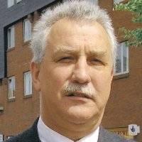 Flint mayor, Terry Renshaw