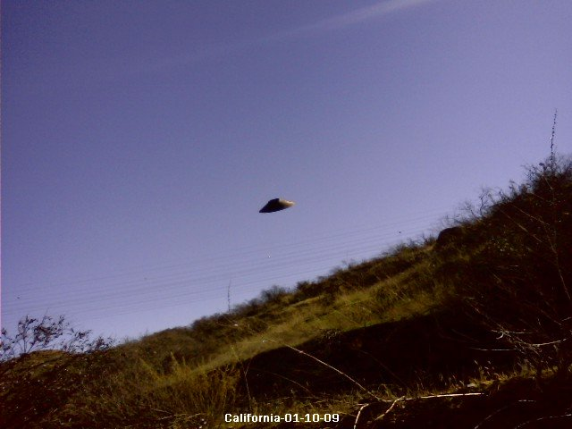 UFO Photograph-California, 01-10-09