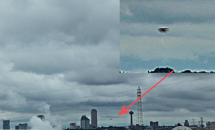 UFO Photograph - Niagara Falls