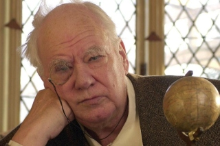 Sir Patrick Moore spotted a UFO