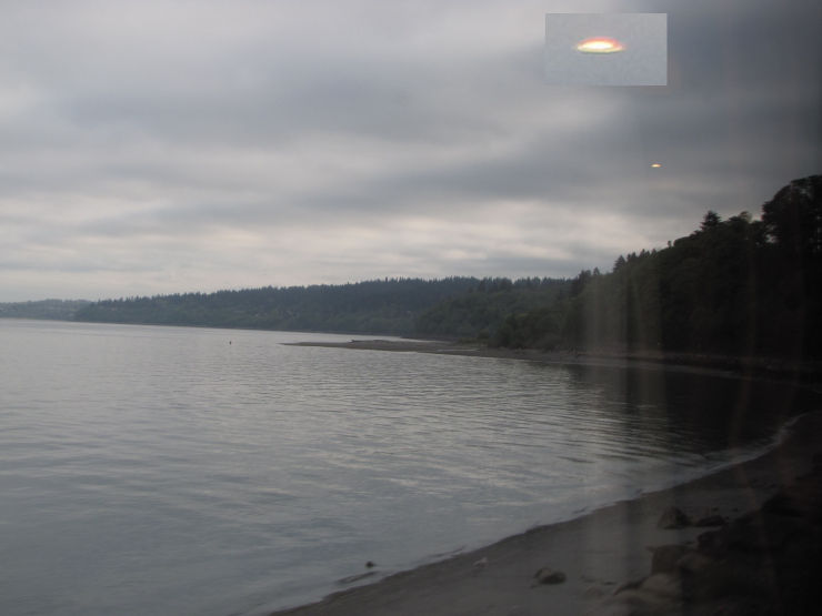 UFO Photographed over Bellingham, Washington